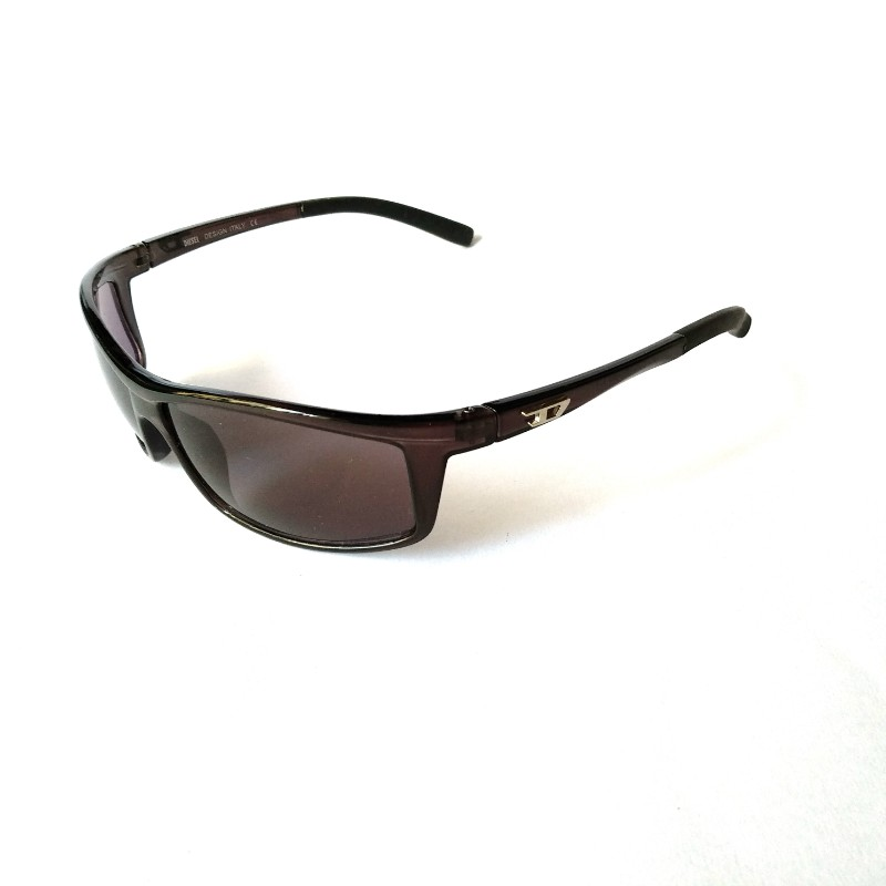 Grey Sports Driving Sunglasses with Anti Glare Lenses